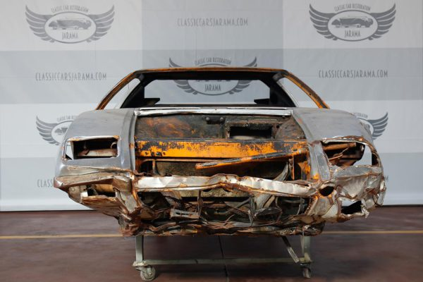 Restoration: De Tomaso Pantera